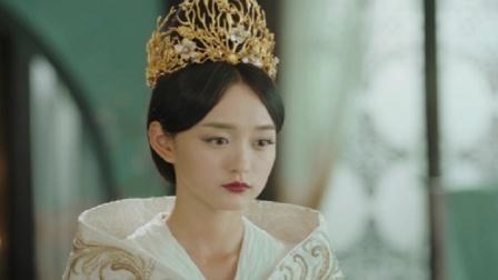 大元帅战胜,贵妃头戴凤冠身穿凤袍,领着新皇一步步走向龙椅