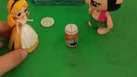葫芦娃把饮料送给了光头强,可是怎么也没钱买饮料了,这可怎么办?