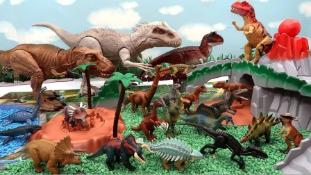 拼搭恐龙乐园放置小恐龙玩具