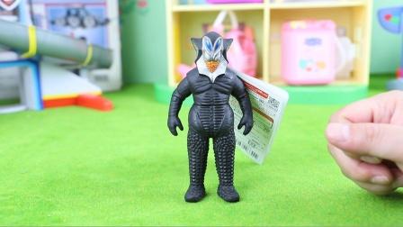 奥特曼怪兽:恶劣宇宙人美菲拉斯星人软胶玩具分享