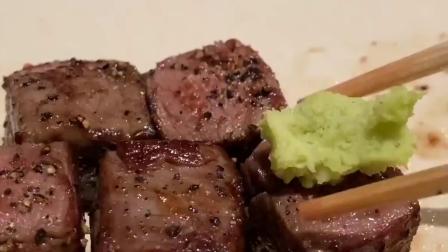 和西式牛排比起来,你觉得日式铁板烧牛肉怎么样?