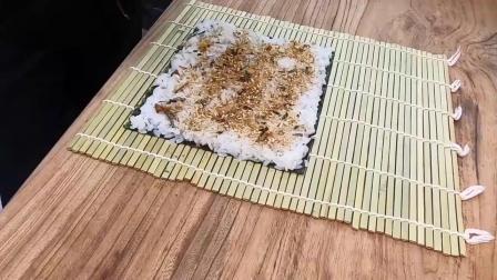 瞧瞧日本人制作寿司的过程,原来也没那么复杂