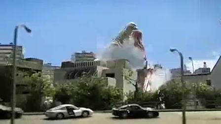 不穿皮套的奥特曼有谁见过?和怪兽发生激烈战斗,被怪兽狂虐