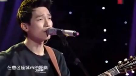 陈楚生成名曲唱得好听感人,唱出了多少人的心声,听完忍不住流泪