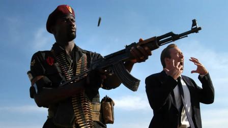 战争硝烟中摇摆不定的人性,枪支买卖背后的黑暗