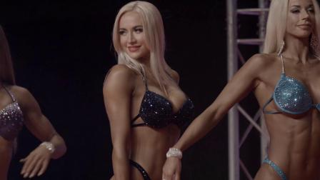 比基尼秀场: 女模特的肌肉太飒了