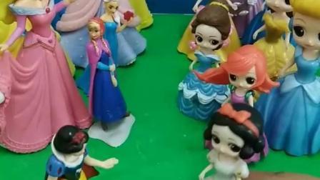 有趣的幼教玩具:你们喜欢大头公主还是小头公主