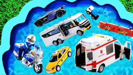 儿童早教玩具认知:大货车、吊车、环卫车、警车、救护车、挖掘机