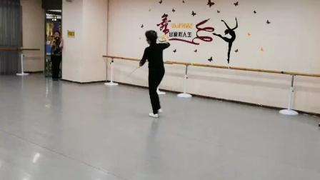 张慧琳老师舞剑课
