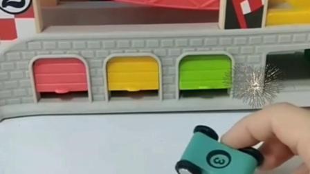 有趣的幼教玩具:倒霉的小蓝车