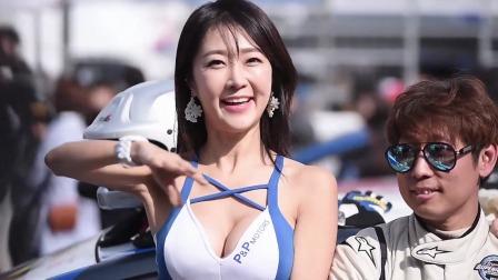 汽车展会 :来选你心中的女神  赛车女郎