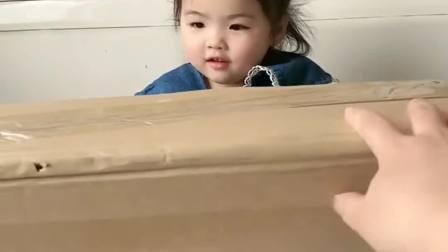 趣味童年:妈妈给宝贝买的小鸭子真可爱