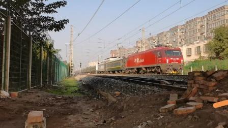 20201031_095816 西局西段HXD3D-0409牵引K8158次(宝鸡-西安)通过三桥车站