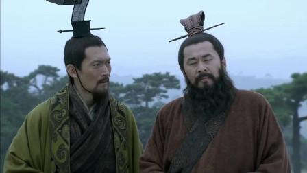 《三国》曹操对武将谁最好,恐怕就属关羽吧,不是曹操麾下五子良将