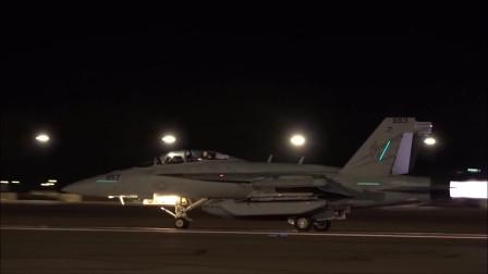 驻扎内利斯空军基地的各型号军机有序起飞出勤