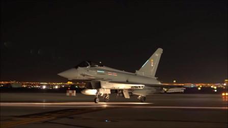 内利斯空军基地夜间出动多型号军机升空