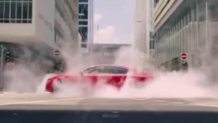 顶级车技过人,如果让他出演速度与激情,又是一个狠角色