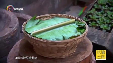 马锅头汤制作简单,就是用豆浆煮白菜,看似简单却不是人人都能吃