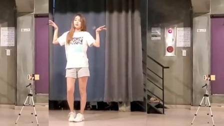 韩国小姐姐Dorothy在舞蹈排练室学习了一个小时,初见成果,给大家分享一下!