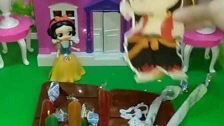 有趣幼教玩具:贝尔公主不服气。