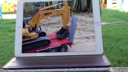 成长益智玩具,平板电脑操控挖掘机工作!