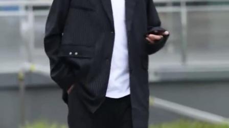 世界上有那么多美好,比如刷到视频的你#潮男穿搭#禁欲系