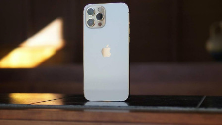 iPhone 12出现绿屏现象,官方已回应