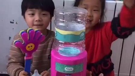 天真的童年:饮水机不出水怎么办