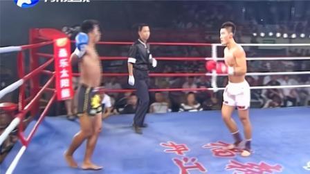 泰国高手求胜心切挑衅炸药杨茁,杨茁铁拳连续砸脸眉骨开裂教他