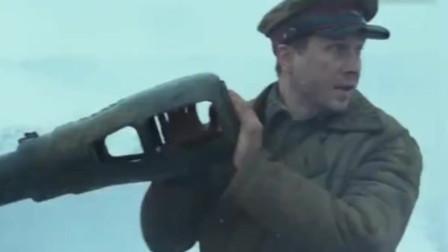 烈日灼人2:二战苏德经典战争片,苏军血战德军坦克,场面残暴