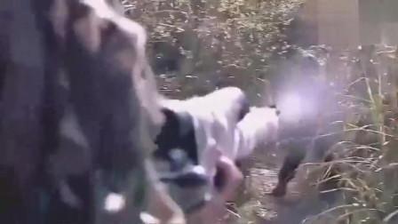 男子用步枪教训鬼子狙击小队,鬼子吓得落荒而逃!