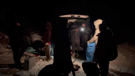冒着大雪,从白天拍到夜晚才收工下山,这样拍电影可取吗?