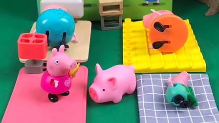 佩奇他们帮助小猪,乔治误会了,乔治可真可爱