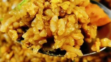 非常简单的酱油火腿炒饭,非常的适合你#在家做个拿手菜