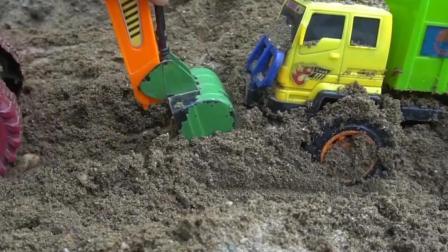 儿童玩具车表演:挖掘机救援事故环卫车!