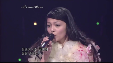 张韶涵超经典的一首歌《复活节》很多人没看过的现场!