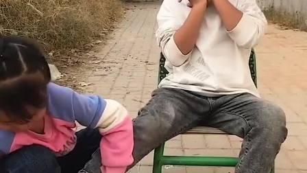 趣味童年:小宝贝们可真会玩!
