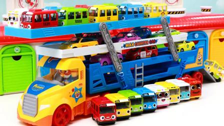 汽车玩具故事:好有趣!小企鹅啵乐乐的车库里出现哪些车车?