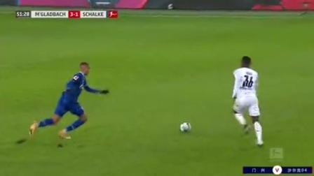 第52分钟门兴格拉德巴赫球员马库斯·图拉姆进球 门兴格拉德巴赫3-1沙尔克04