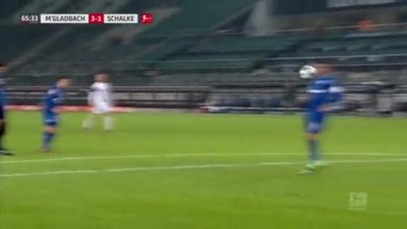 第66分钟门兴格拉德巴赫球员诺伊豪斯射门 - 被扑