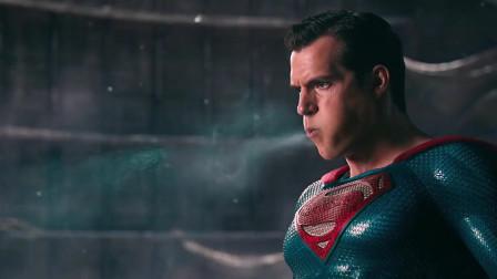超人归来:感觉超人不管在哪部电影里都是个BUG。