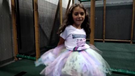 美国时尚儿童,小公主的生日宴会,好好玩呀