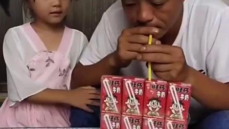 无忧无虑的童年:宝宝不能喝旺仔牛奶吗