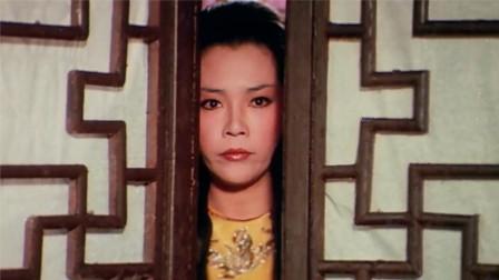 一招半式闯江湖:成龙大哥被整蛊,以为房间里真有女妖怪