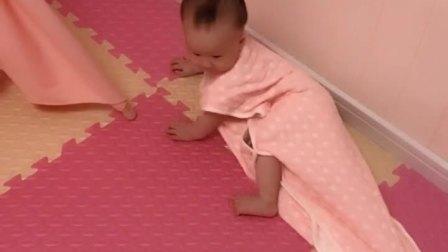童年趣事之熊孩子:良爸又研究出来睡袋的新玩法了