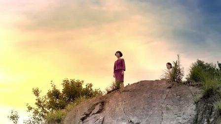 乱世丽人行:若雪记恨疏影害她爹,直接把她推下悬崖听天由命