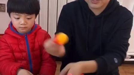 童年趣事:你敢学我吃辣条吗?