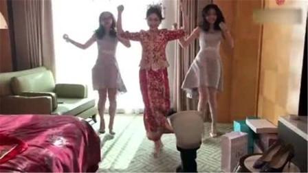 结婚也是要有才艺的,看新娘子跳的多嗨