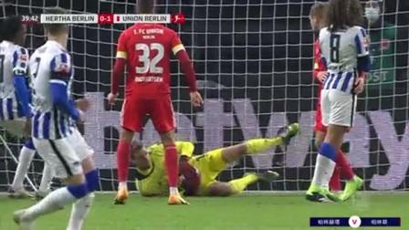 第40分钟柏林赫塔球员卢克巴基奥射门 - 被扑