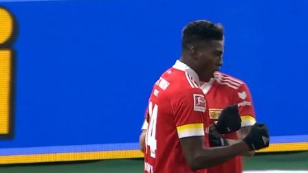 第20分钟柏林联球员阿沃尼伊进球 柏林赫塔0-1柏林联